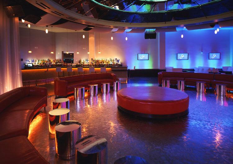 Silk pechanga casino casino royale woody allen